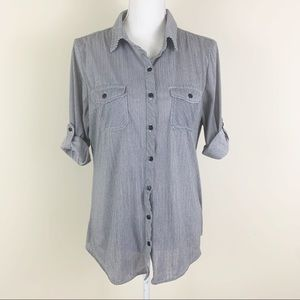 EDEN & OLIVIA Button Down Roll Up Sleeve Blouse